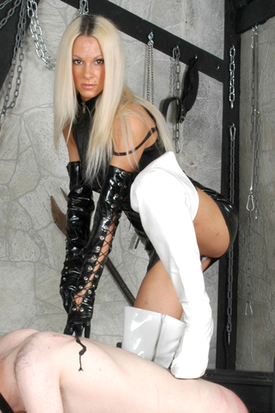 Mistress Tia