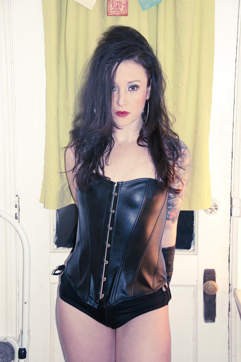 Mistress Carly Castille