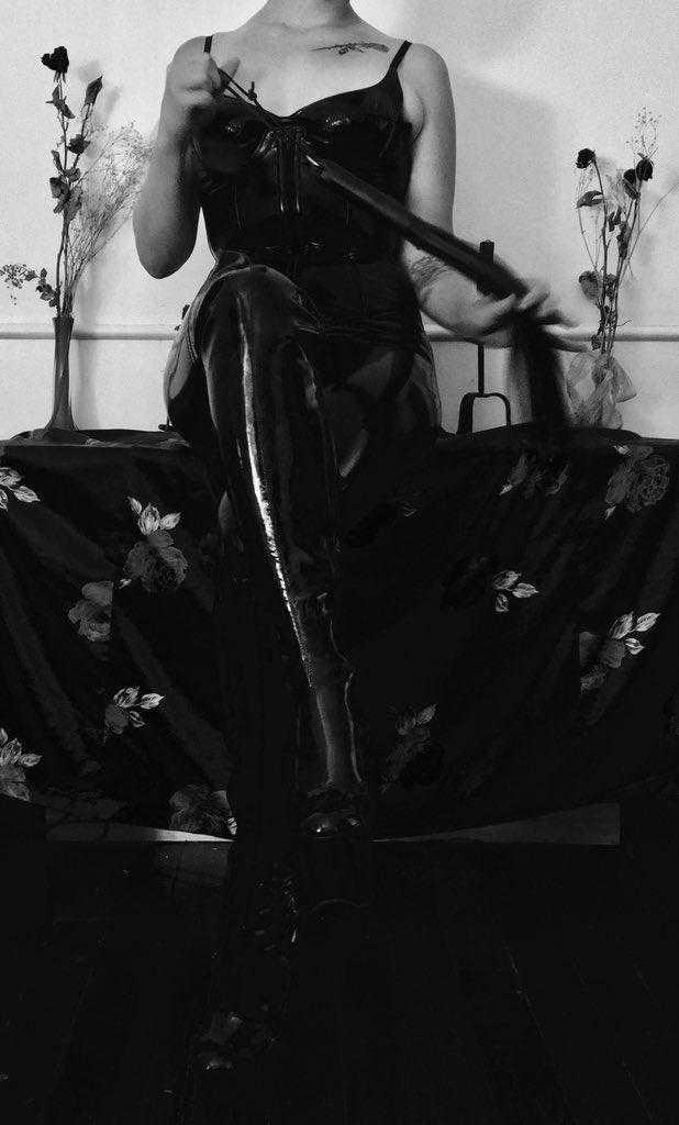 Mistress Ophelia Fatale