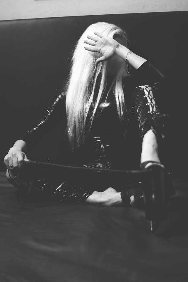 Mistress Emma Den Haag