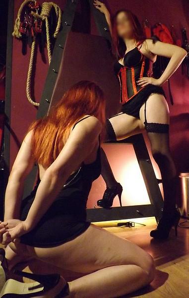 Mistress Crimson Manchester