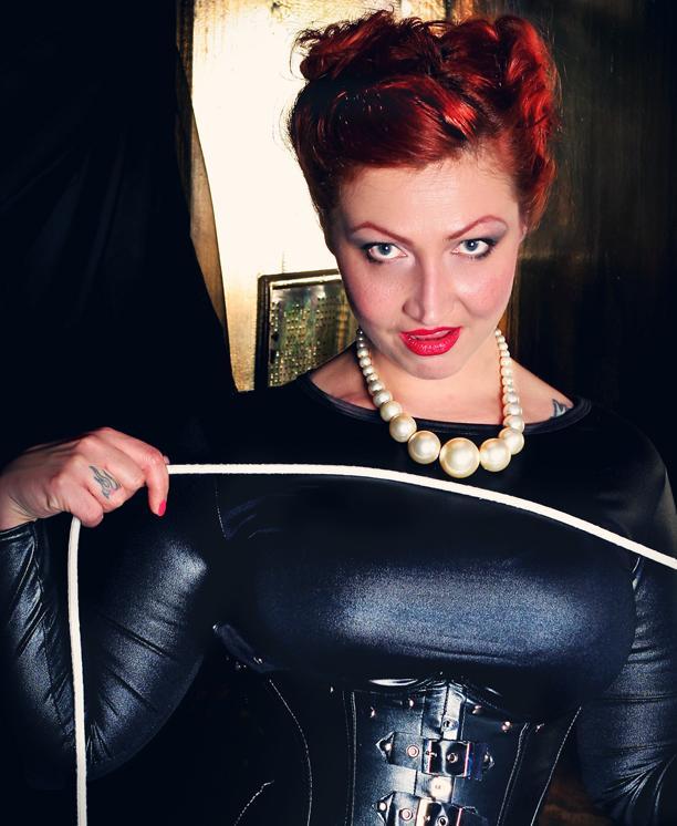 mistress-helle